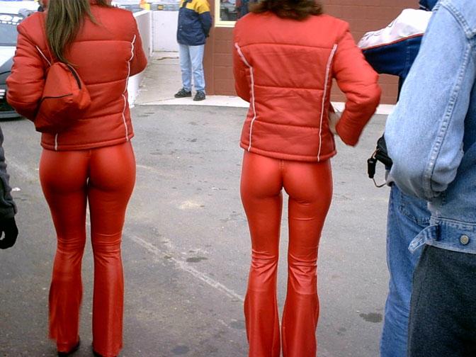 Skin-tight pants