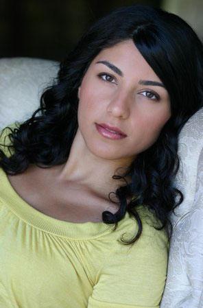 Melody Khazae nude