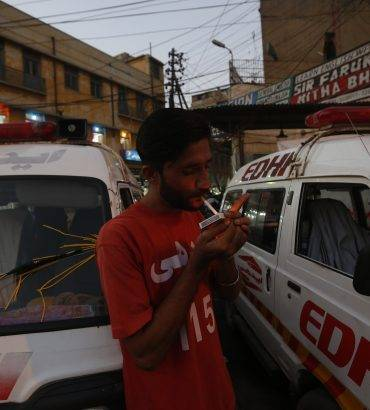 Terror, Shipwreck, Guns – 24 Hours In A Karachi Ambulance