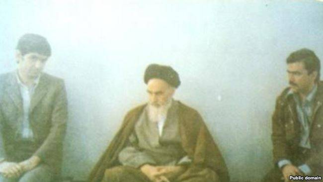 Massoud Rajavi the Secretary-General of People's Mujahedin (R) and Mussa Khiabani with Ayatollah Khomeini in the months after the Iranian revolution.