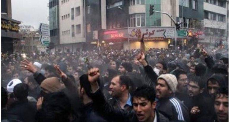 iran-workers-demand-democracy-and-freedom-against-poverty-corruption-and-repression