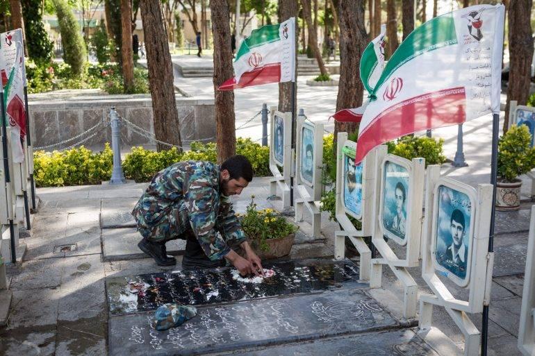 IRAN-MARTYRS-BREU-29
